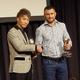 WBO総会で井上尚弥(左)はワシル・ロマチェンコとガッチリ握手(撮影・中出健太郎)