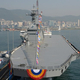昨年5月14日に建造式を行った輸送艦「馬羅島」。馬羅島より大きな軽原子力空母の乾燥事業が進められている。[写真 防衛事業庁]