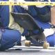 スケートボードに腹ばいの状態で乗り…ワゴン車にひかれ4歳男児が死亡