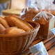 パン屋の食品ロスを減らせ!余ったパンを売る新ビジネスとは
