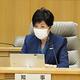 新型コロナウイルスのモニタリング会議に臨む小池百合子東京都知事=21日午後、都庁