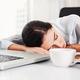 疲労回復にはまず睡眠!就寝前のコップ1杯の水でぐっすり快眠