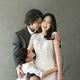 チョン・テウ、見ているだけで笑顔に…結婚10周年記念の幸せいっぱいな家族写真を公開