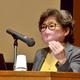 コロナで家庭内暴力増、女性逃げにくい構造も 福岡市でDV防止講演会