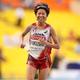 女子マラソンにて。  写真は、2時間27分45秒のタイムで日本人トップの3位に入った福士。2009年の尾崎好美以来、2大会ぶりのメダルを獲得した。  (撮影:フォート・キシモト)  [2013年8月10日、ルジニキ・スタジアム/モスクワ/ロシア]