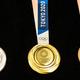 東京2020、オリンピックメダルのデザイン決定。デザイナーは、川西純市氏。
