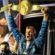 新24/7王者に輝いたNFLのスーパスター、ロブ・グロンコウスキー。本当にうれしそうだ(C)2020 WWE, Inc. All Rights Reserved.