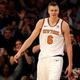 米プロバスケットボール(NBA)、ニューヨーク・ニックス時代のクリスタプス・ポルジンギス(2017年11月3日撮影)。(c)Elsa/Getty Images/AFP