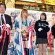 テープカットを行った(左から)木谷・ブシロード取締役、スターダム・岩谷麻優、ヴァンガールズの寺坂ユミ、三村遙佳