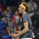 男子テニス、上海マスターズ、シングルス準々決勝。勝利を喜ぶアレクサンダー・ズベレフ(2019年10月11日撮影)。(c)HECTOR RETAMAL / AFP