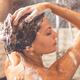 美髪に憧れる女性必見!正しいシャンプーとトリートメントのやり方
