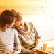 「頭ポンポン」する男性心理って? 脈あり診断と喜ぶ反応
