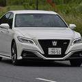 SUVブームでも海外ではまだ主流! 日本の「高級セダン」が凋落