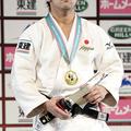 60kg級優勝の郄藤直寿 (2013年11月29日、撮影:二宮渉/フォー