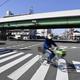 護送車両から被告の男逃走、大阪 収容後、地検事務官が手錠外す