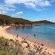 イタリア・サルディーニャ島の法律に違反して持ち出そうとした海岸の砂や貝殻が昨年は計100キロ以上押収された/DANIEL SLIM/AFP/Getty Images