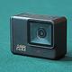 78gの小型アクションカメラにジンバルが内蔵されている