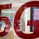 英ジョンソン政権は、中国ファーウェイを完全排除する。英メディアが報じた。3月、北京にあるファーウェイ製品取扱店で撮影(GettyImages)