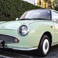 1991年に発売された日産「フィガロ」。海外では現在も根強い人気