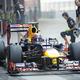 F1の第17戦、インドGPから。  写真は、写真は3位だったマーク・ウェバー(レッドブル)。 (photo by DPPI/PHOTO KISHIMOTO)  [2012年10月26日、ブッダ・インターナショナル・サーキット/インド]