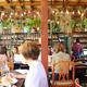 チェンマイの緑に囲まれた居心地の良いカフェ「RUSTIC & BLUE」