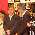 左から、三宅久之、阿川佐和子、ビートたけし、大竹まこと、田嶋