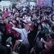 スーパークレイジー君こと、西本 誠氏。街頭演説はSNSで拡散され、ファンが全国から駆けつけた