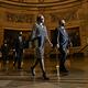 25日、米議会下院から上院へ送付されるトランプ前大統領の弾劾訴追決議=ワシントン、ランハム裕子撮影
