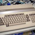 グラフィックスとサウンドを強化した3代目の「PC-8001mkIISR」