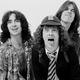1979年の名盤『地獄のハイウェイ』がリリース40周年を迎えたAC/DC(Photo by Fin Costello/Redferns)