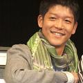 父親ゆずりの笑顔でイベントに登場した駿河太郎