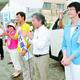 (写真)応援のマイクを握る安住衆院議員。(右へ)紙智子参院議員、(左へ)高村直也候補、ふなやま由美元市議=16日、仙台市太白区