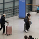 韓国政府が9日、新型コロナウイルスの海外からの流入を防ぐために「外国人入国規制強化措置」を発表した。