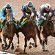 馬なりで併入したランフォザローゼス右(右)