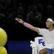 男子テニス、ATPワールドツアー・ファイナルズ2日目。休憩中に審判に抗議するラファエル・ナダル(2019年11月11日撮影)。(c)Adrian DENNIS / AFP