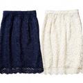 レースタイトスカート各¥2,990/UNIQLO