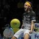 男子テニス、ATPワールドツアー・ファイナルズ2日目。勝利を喜ぶステファノス・チチパス(2019年11月11日撮影)。(c)Adrian DENNIS / AFP