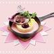 「どれみのステーキチーズドリア〜チェリーのソース〜」(1699円)/※画像はイメージ