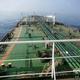 国営イラン放送が公開した紅海を航行するイラン船籍の石油タンカー「Sabiti号」を写したとする画像(2019年10月10日公開)。(c)AFP=時事/AFPBB News