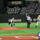 【ソフトバンク】鷹の祭典で吉岡里帆さんが始球式!「まだドキドキしている」