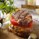肉汁あふれる「肉×肉バーガー」!! 肉好き必見の新メニュー