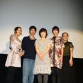 左から大森美香監督、加瀬亮、小林聡美、伽奈、もたいまさこ
