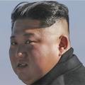 2018年9月20日、韓国の文在寅大統領らと白頭山を訪れた金正恩氏