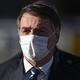 ブラジル大統領が貧困層へのマスク配布を拒否 事態の重大性を認めず