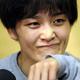 女子57キロ級の世界選手権代表決定プレーオフで川井梨紗子に敗れ、インタビューで涙をぬぐう伊調馨=林敏行撮影