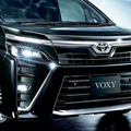 新車市場でも人気の「ヴォクシー」。中古車市場での狙いはどんな