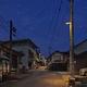 夜空に光が漏れないパナソニックの照明に交換した岡山県井原市美星町地区の街並み(同社提供)