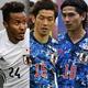 日本代表は今回、大迫(中央)を招集せず。鈴木(左)、南野(右)が1トップの代役として注目される。写真:龍フェルケル、Getty Images