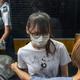 香港民主化の女神、周庭さん釈放 - 安倍宏行