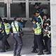 韓国人の男女6人が日本総領事館に侵入し、輸出規制に対し抗議 身柄を拘束
